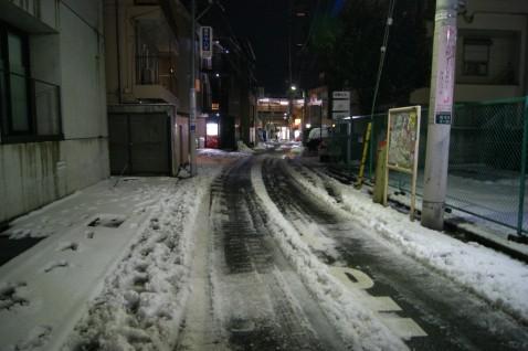 小田急南新宿駅